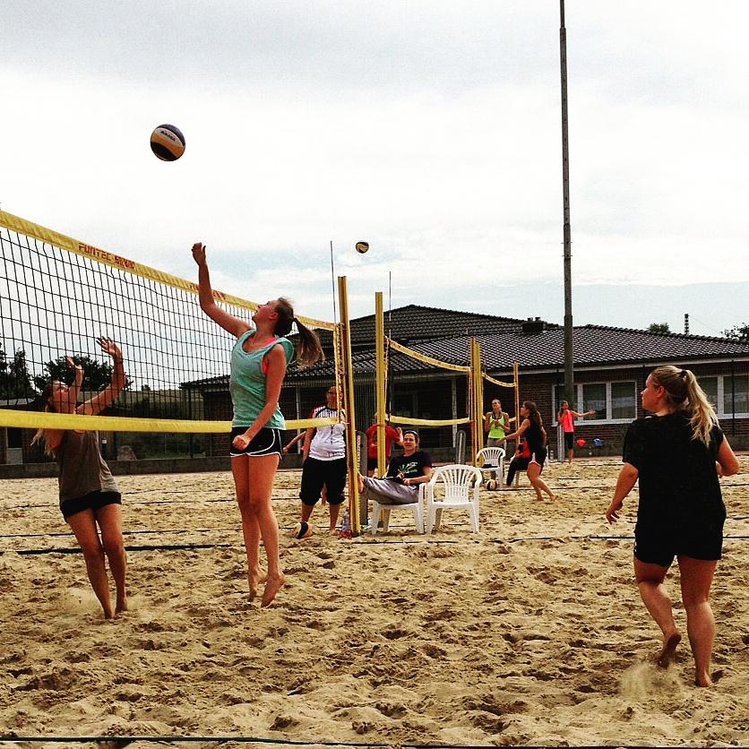 Beach Turnier Damen 2015 (1)